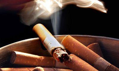 Bỏ vợ vì phát hiện thuốc lá trong túi xách