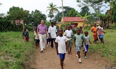 Hành trình truy tìm virus Ebola và bí kíp