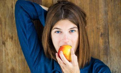 Khỏe và đẹp với 10 lợi ích kỳ diệu nhất của quả táo