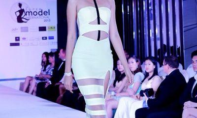 Diệu Huyền đạt giải nhì siêu mẫu Quốc tế 2013