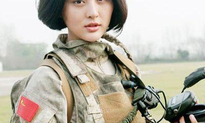Mỹ nhân Hoa ngữ xinh đẹp, cá tính trong trang phục nhà binh
