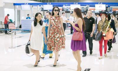 Hoa hậu Kỳ Duyên trở về quê Nam Định sau đăng quang