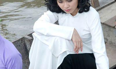 Diễm Hương bị cắt vai diễn trong phim Mỹ nhân Sài Gòn