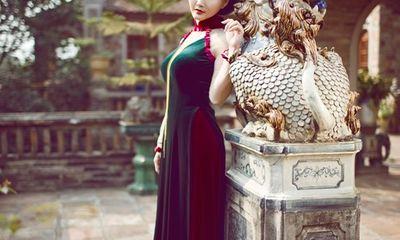Hoa hậu Sonya Sương Đặng hóa cung phi yêu kiều