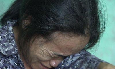 Cha mẹ Quang Hùng khóc cạn nước mắt trước tin con trai bán độ