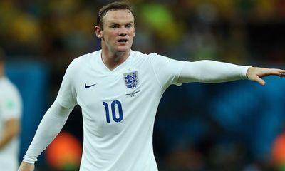 Rooney liều mạng dẫn gái về khách sạn làm bậy?