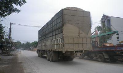 """Thủ tướng yêu cầu xử lý kiên quyết việc """"bảo kê"""" xe quá tải"""