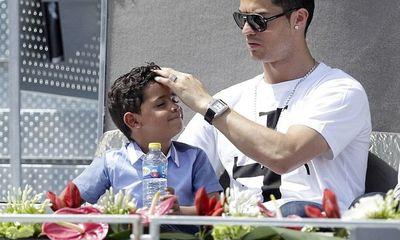 Chiều quý tử, Ronaldo vung tiền khủng tậu siêu biệt thự
