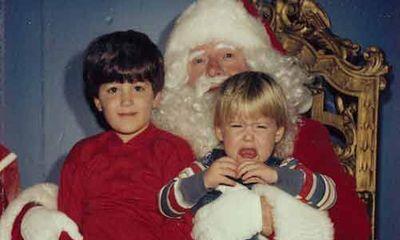 Xem bộ ảnh ý nghĩa: Anh em chụp ảnh ông già Noel suốt 30 năm
