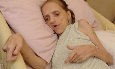 Bà mẹ nghiện rượu, đang đối mặt với cái chết ở tuổi 35