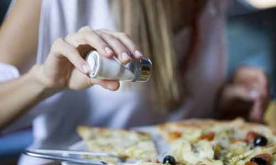 Ăn thực phẩm nhiều muối khiến trẻ béo phì già nhanh hơn