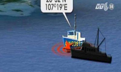 Tàu cá Quảng Ninh bị tàu lạ đâm chìm trong đêm