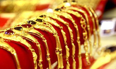 Giá vàng ngày 23/10: Vàng lại