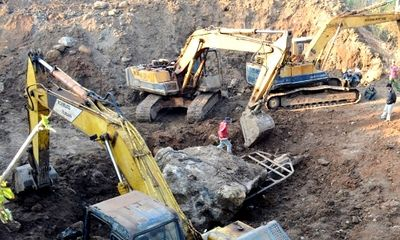 Tây Nguyên - Tạm giữ khối đá caxidon giá tiền tỷ do dân khai thác ở Đắk Nông