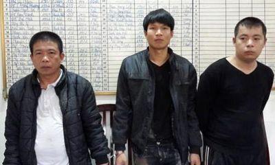 """Hà Nội: Chống trả lại Công an, khi bị bắt quả tang """"độ"""" gà"""