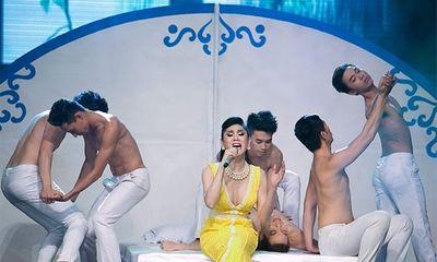 Lâm Chi Khanh: Tình cũ khi chưa chuyển giới có cầu thủ,ca sĩ