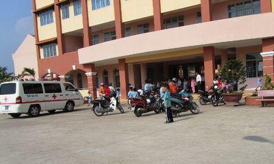 97 học sinh tiểu học nhập viện cấp cứu sau bữa ăn trưa