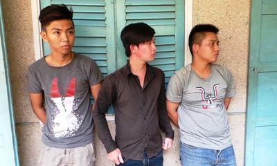 """Cận mặt nhóm """"cẩu tặc"""" bắn xung điện làm chết ba người truy đuổi"""