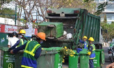 TP.HCM: Nguy cơ công nhân không gom rác vì bị
