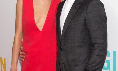 Adam Levine và thiên thần nội y chính thức kết hôn