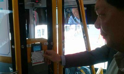 Hà Nội: Khai trương tuyến xe buýt 06 sử dụng vé điện tử
