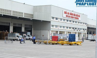Thi thể 3 mẹ con người Việt chuẩn bị về đến sân bay Nội Bài
