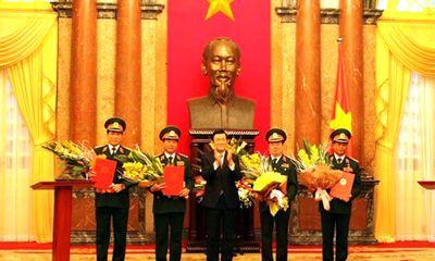 Chủ tịch nước phong hàm Thượng tướng cho 4 cán bộ quân đội
