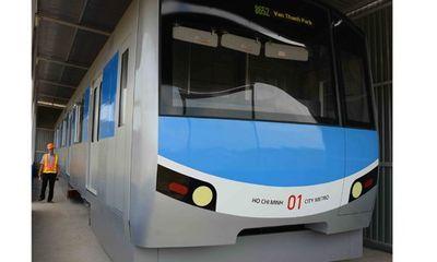 Trưng bày tàu điện ngầm tuyến Metro số 1 để người dân góp ý