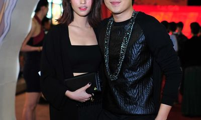 Dương Triệu Vũ nắm tay Mai Hồ đi dự lễ ra mắt phim