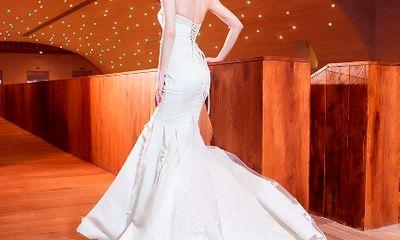 Ngắm Hồ Ngọc Hà yêu kiều diện váy cưới