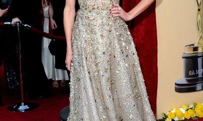Điểm lại những bộ váy đẹp nhất trong lịch sử thảm đỏ Oscar
