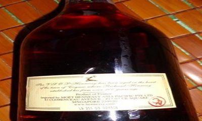 Kỳ 2: Rượu đế + cồn + phẩm màu = Rượu ngoại!