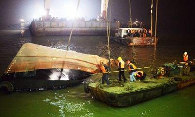 Nỗ lực tìm kiếm 22 nan nhân mất tích vụ đắm tàu trên sông Dương Tử