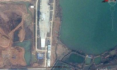 Vì sao Trung Quốc xây mô hình tàu sân bay trên đất liền?
