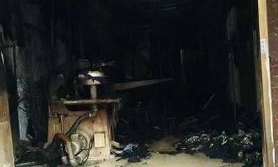 Hà Nội: Hỏa hoạn lúc sáng sớm tại cửa hàng giặt khô là hơi