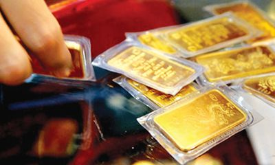 Giá vàng ngày 18/12: Mỹ thận trọng nâng lãi suất, vàng giảm nhẹ