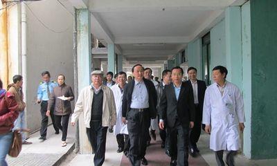 Trưởng ban Tổ chức T.Ư Tô Huy Rứa vào thăm ông Nguyễn Bá Thanh