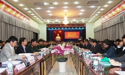 Vietcombank tặng 15 tỷ đồng cho hộ nghèo tại 10 huyện miền núi