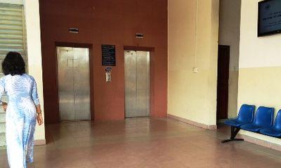 TP.HCM: Rúng động nữ sinh bị đánh ghen tạt axit ngay tại trường