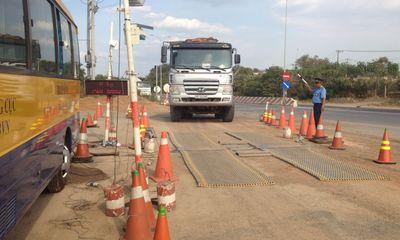 Vụ dân chặn xe quá tải: Lập trạm cân kiểm tra tải trọng