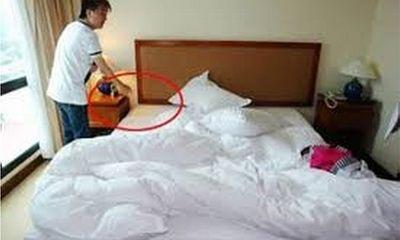Mr Đàm mất kim cương, Hà Kiều Anh mất USD ở khách sạn hạng sang