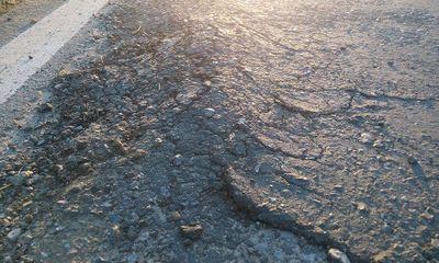 Quốc lộ mới được sử dụng hơn 1 năm đã xuống cấp nghiêm trọng
