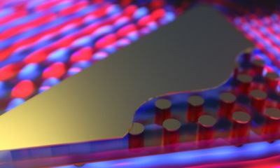 Máy tính chạy với tốc độ ánh sáng sắp ra đời