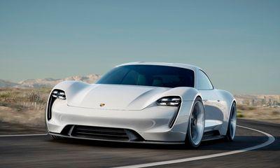 Porsche giới thiệu siêu xe chạy điện, tăng tốc đến 100km/h trong 3,5s