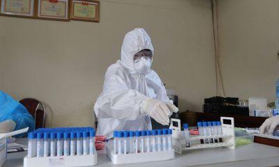 Việt Nam có thêm 16 ca mắc COVID-19 trong cộng đồng vào tối 10/5