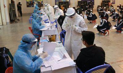 Trưa 12/5, cả nước ghi nhận 19 ca mắc COVID-19 trong cộng đồng, riêng Bắc Giang có 9 ca