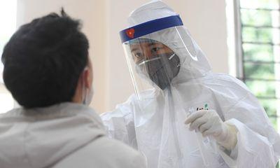 Kỹ thuật viên bệnh viện Phổi Trung ương dương tính SARS-CoV-2: Từng tiếp xúc với nhiều F0