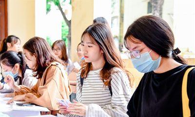 Thí sinh cả nước đăng ký nguyện vọng xét tuyển đại học, cao đẳng gấp 7 lần tổng chỉ tiêu
