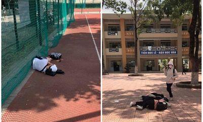 Mẹ hốt hoảng phát hiện con trai nằm giữa sân trường sau kỳ thi, sự thật khiến dân tình ngỡ ngàng