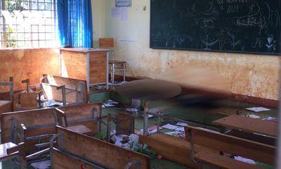 Dọn vệ sinh trường học, giáo viên hoảng hồn phát hiện thi thể thiếu nữ trong lớp